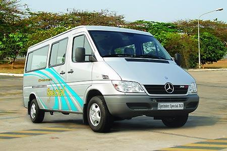 Cho thuê xe du lịch tại Quân 1 Hồ Chí Minh