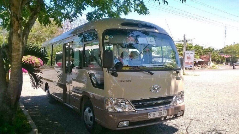 Cho thuê xe du lịch tại quận Tân Phú Hồ Chí Minh