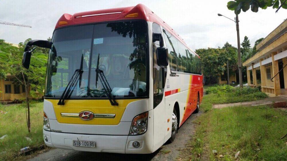 Cho thuê xe du lịch tại quận Bình Chánh Hồ Chí Minh